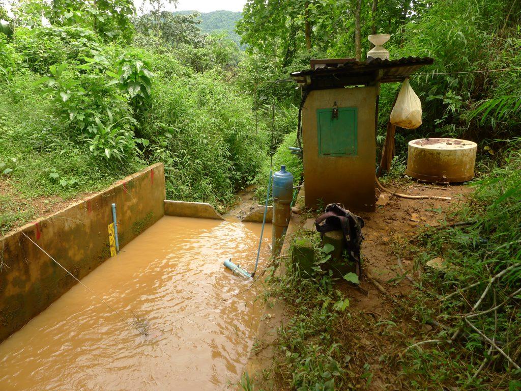 Station hydrologique à l'exutoire du bassin de Houay Pano, Laos